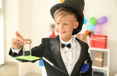20 Easy Magic Tricks For Kids