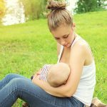 4 Signs Breastmilk Is Not Good (And 3 Things That Aren't A Big Deal)