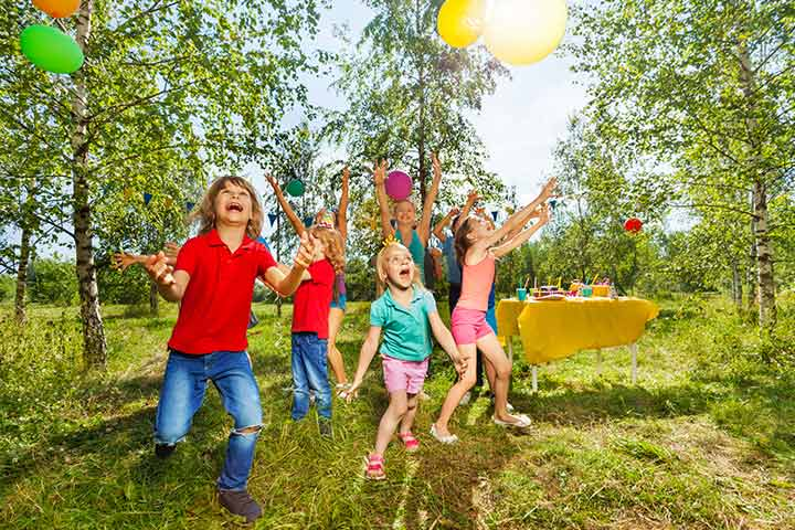 Bouncing Balloons Game to Play for Family