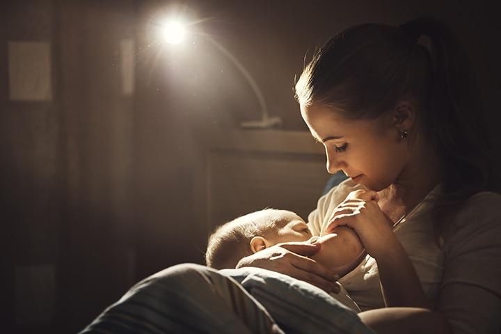 Dream Feeding A Baby Its Benefits And Drawbacks