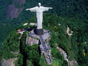 25 Glorious Facts About Christ The Redeemer