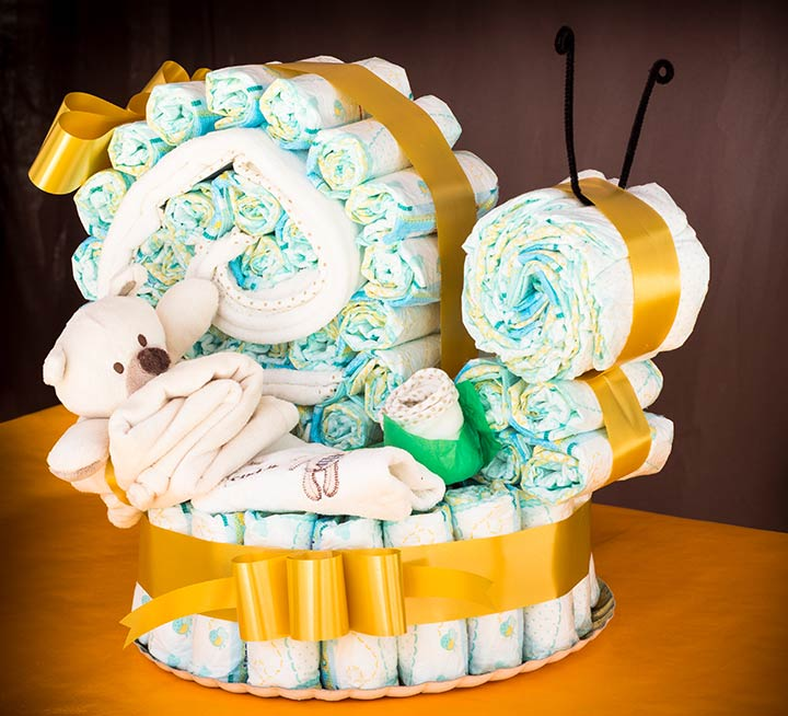 Snail-shaped diaper cake