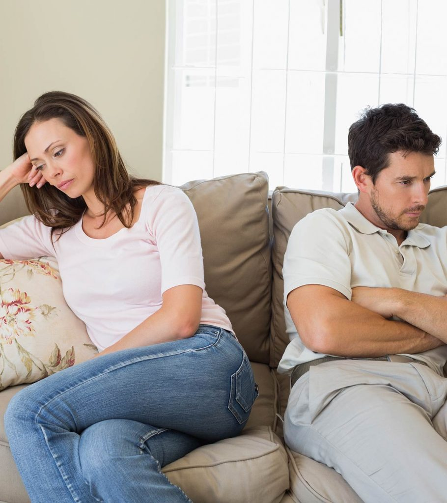 8 Signs You Are In An Unhappy Marriage
