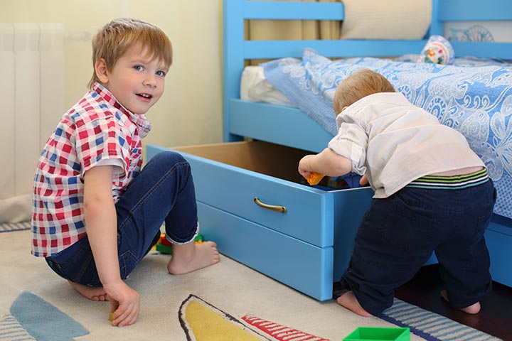 Drawers Under Baby Bed