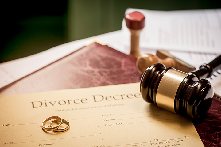 Divorce Decree What Is It And When Is It Issued