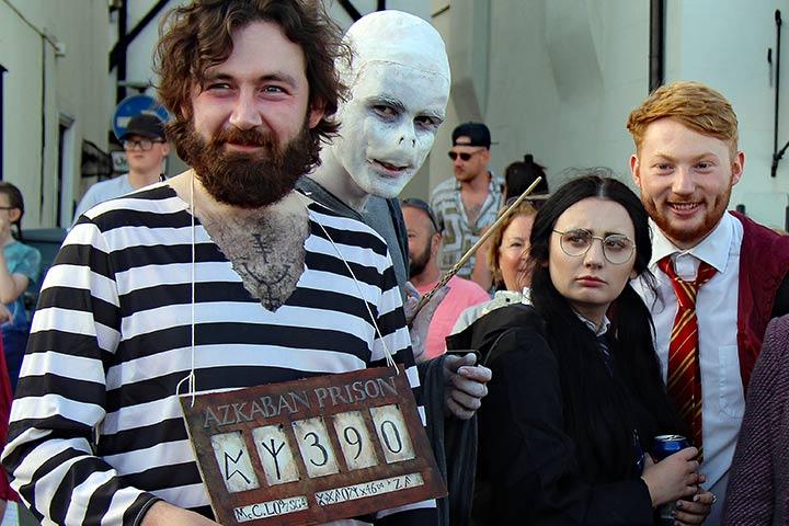 Harry Potter family costume idea