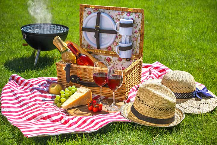 Picnic basket with wine glasses