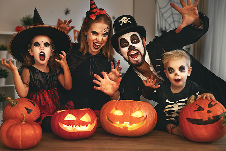 Scary family costume