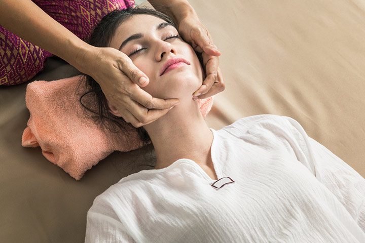 Aromatic Facials And Massages