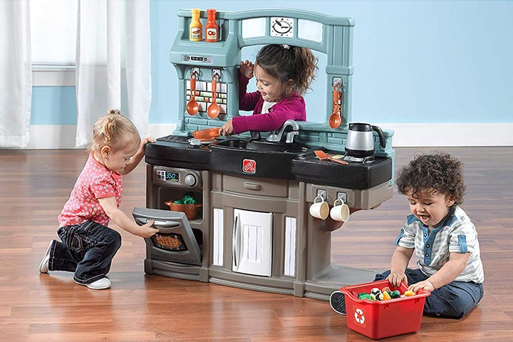 Step2 Best Chef's Toy Kitchen