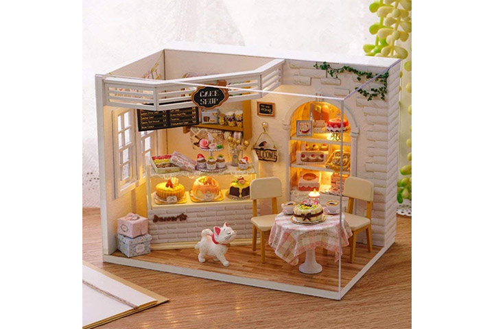 Cake diary cute dollhouse