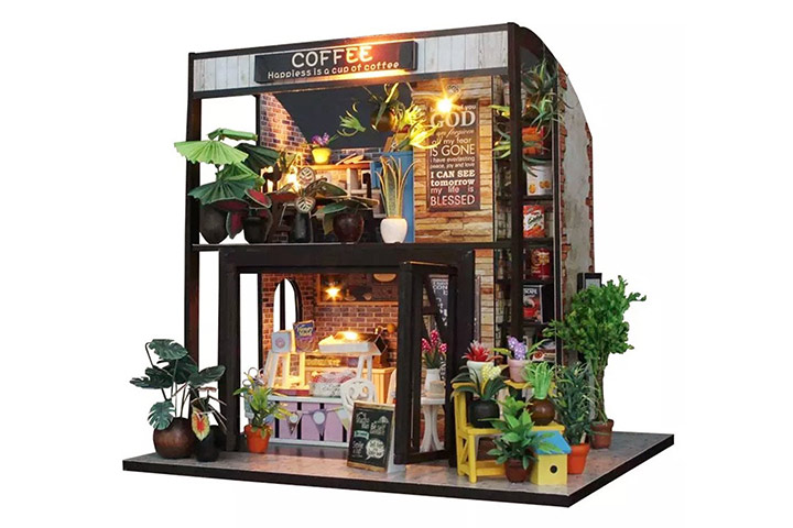 Time of coffee dollhouse