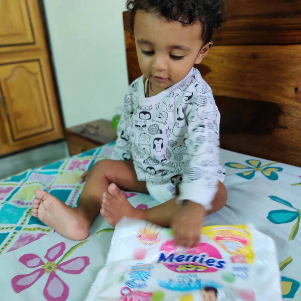 Merries - Exceptional Breathability Tape Diapers-4