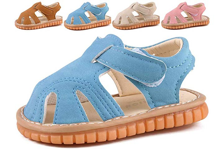 CINDEAR Squeaky Closed-Toe Sandals