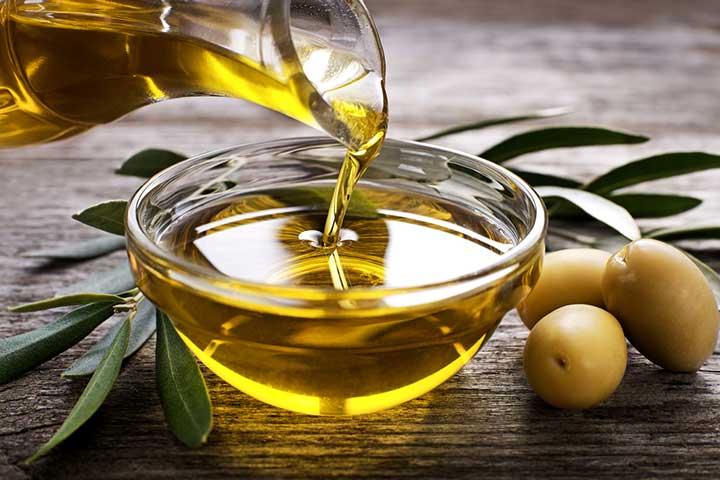 Olive Oil Benefits For Baby Massage In Hindi (2)