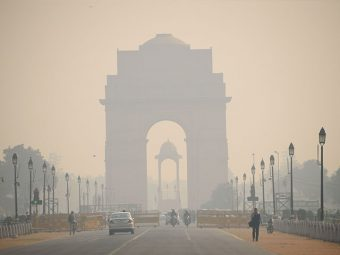 Delhi's Air Quality 'Very Poor': Here's How To Protect Your Child From Pollution