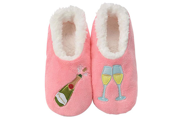 Snoozies slipper socks
