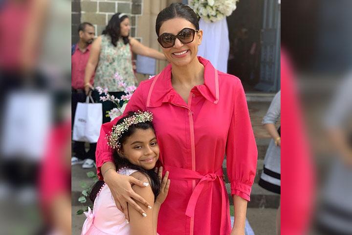 Sushmita Sen's Daughter Alisah's Essay On Adoption 'Had Her In Tears'