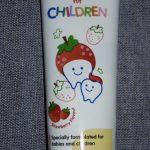 Pigeon Strawberry Toothpaste-Yummy taste, my kid likes it-By reenusunder