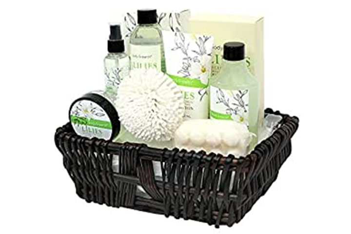 Body & Earth Spa Gifts, Lily Set