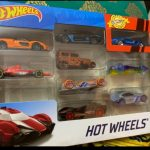 Hot Wheels HW Exotics Die Cast Toy Car-vroom vroom hot cars-By vanajamk