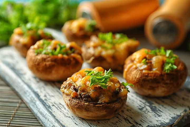 Stuffed cheese mushrooms