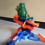 Hot Wheels Color Shifters Sharkport Showdown Playset-Hot wheels color shifters-By amarjeet
