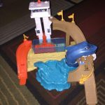 Hot Wheels Color Shifters Sharkport Showdown Playset-Nice playset-By sumi