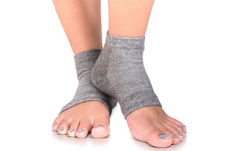 SILKEase Moisturizing Socks – 3 PK Heel Socks
