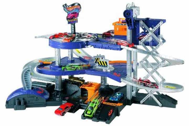 Mattel Hot Wheels Mega Garage Playset