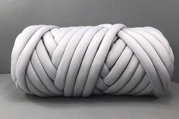 EASTSURE Chunky Braid Cotton Yarn