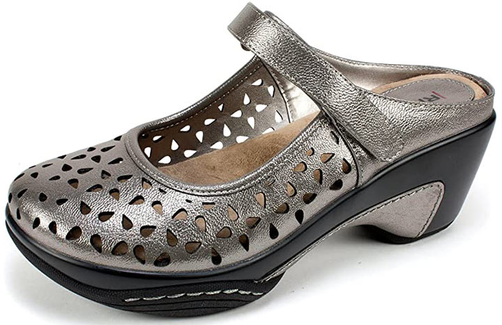 RIALTO Shoes Vienna Women's Clog