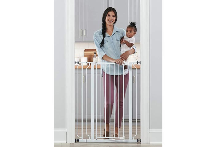 Regalo Easy Step Walk Through Baby Safety Gate Pressure Mount, White