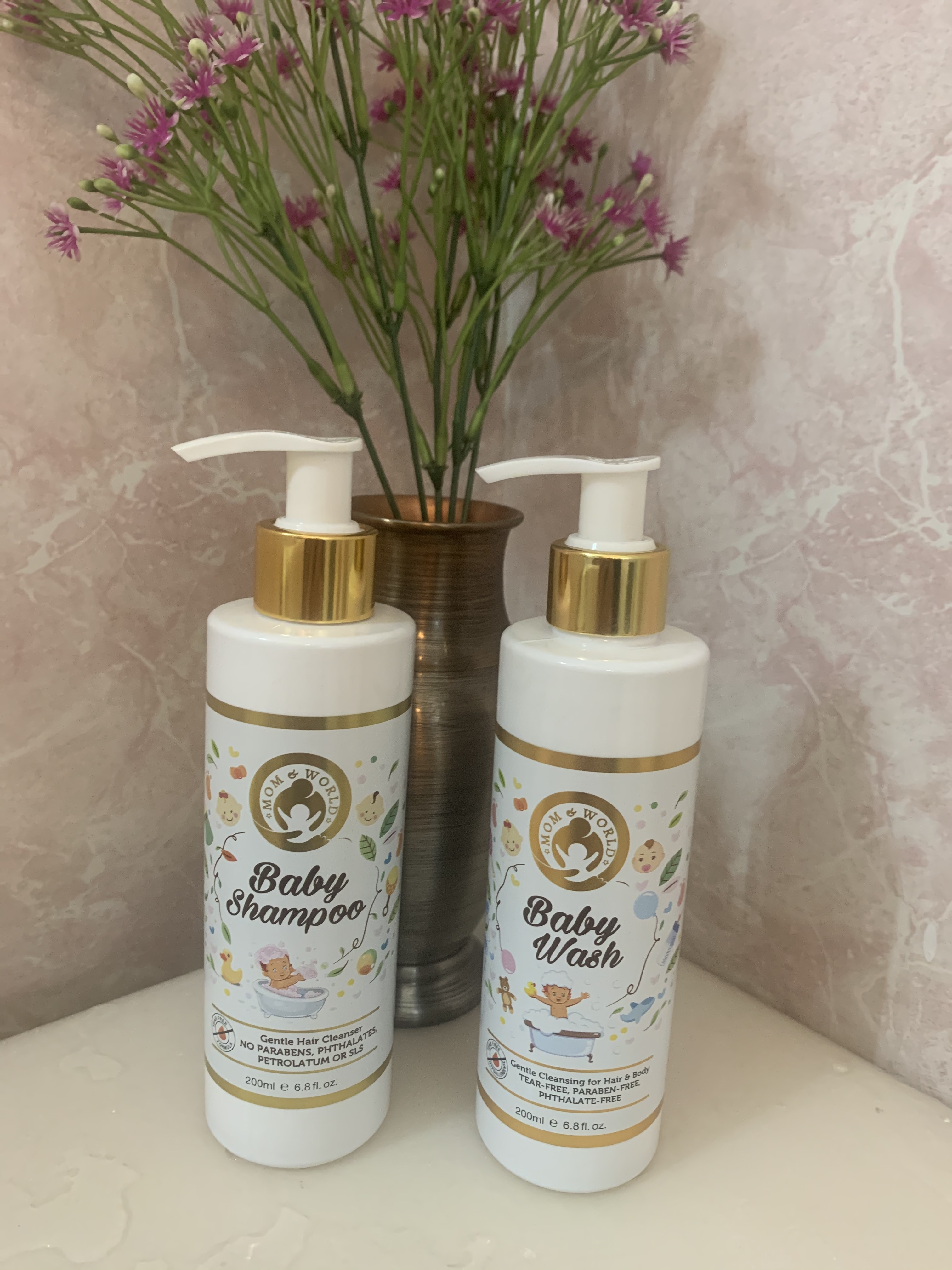 Mom & World Baby Wash - Tear Free Gentle Cleansing For Hair & Body-Very gentle and naturally made-By saniyachawla