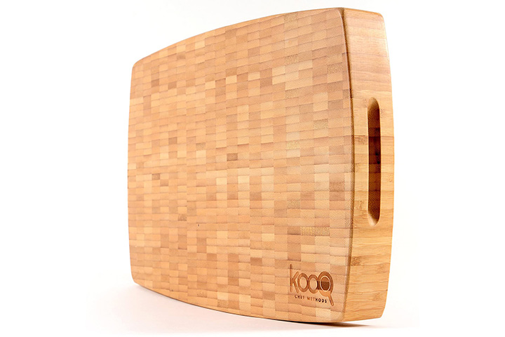 High-End Extra Large Bamboo Cutting Board with Feet by KOOQ