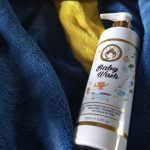 Mom & World Baby Wash - Tear Free Gentle Cleansing For Hair & Body-Perfect for new born babies-By mariyavhora