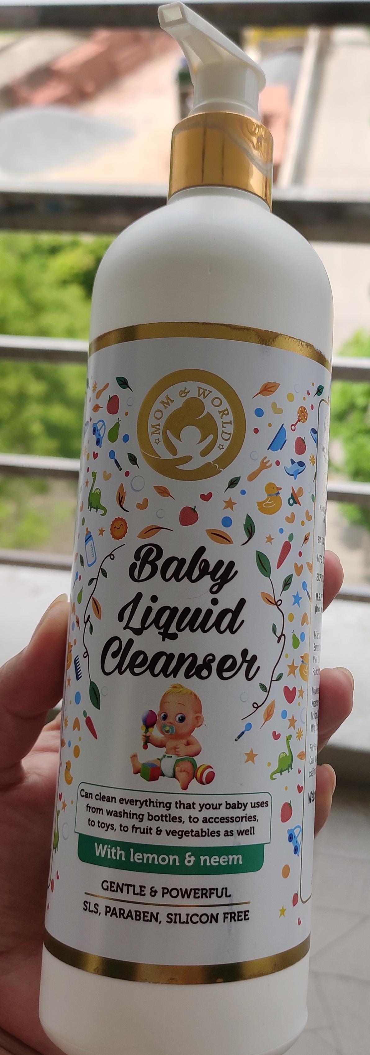 Mom & World Baby Anti Bacterial Liquid Cleanser-Great cleanser, highly recommended-By deeksha_tripathi