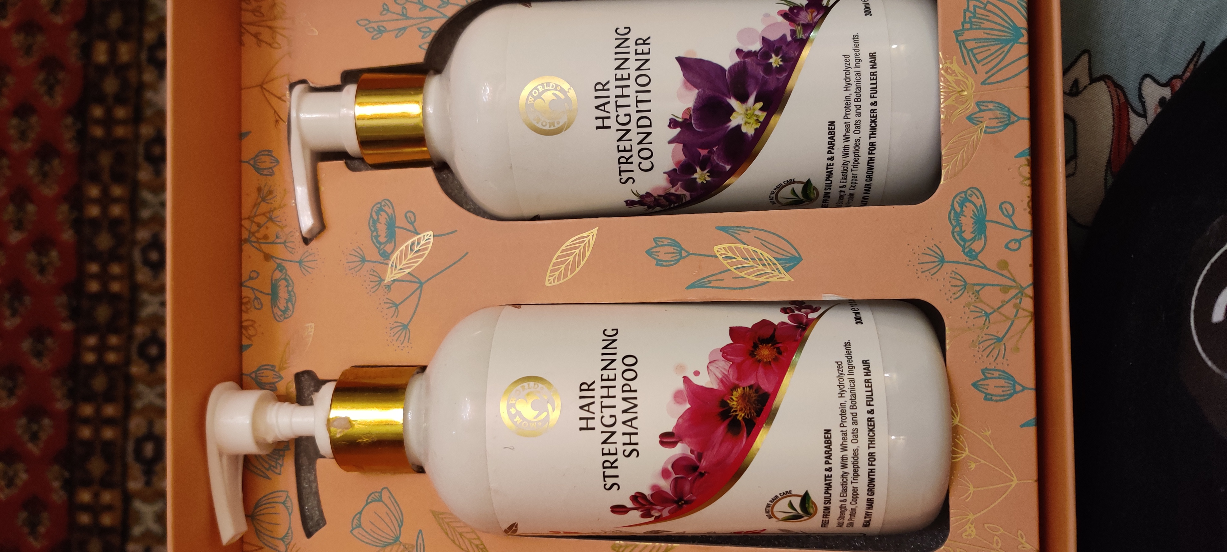 Mom & World Hair Strengthening Shampoo + Hair Strengthening Conditioner-Great SulpHate free shampoo conditioner combo-By anniearora