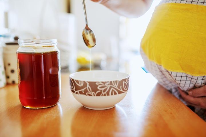 Honey In Pregnancy In Hindi-1