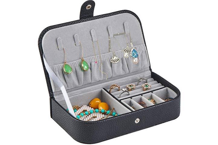Yapishi Small Jewelry Case