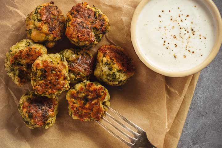 Baked broccoli cheese balls