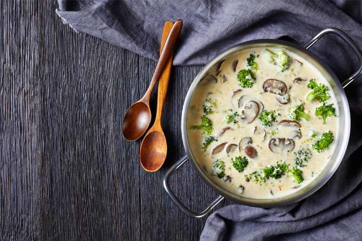 Broccoli and mushroom soup