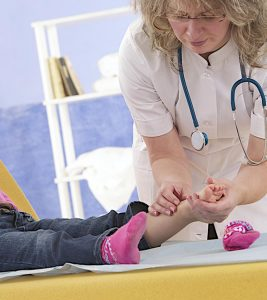 Ankle Sprain In Children Home Care, Treatment And When to See A Doctor