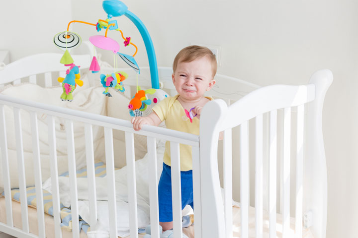 5 Reasons Why Baby Won't Sleep In Crib & Tips To Get Them