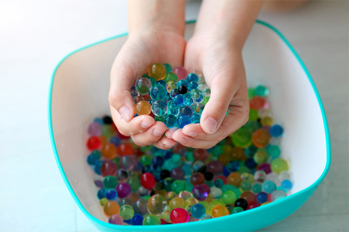 Water beads sorting