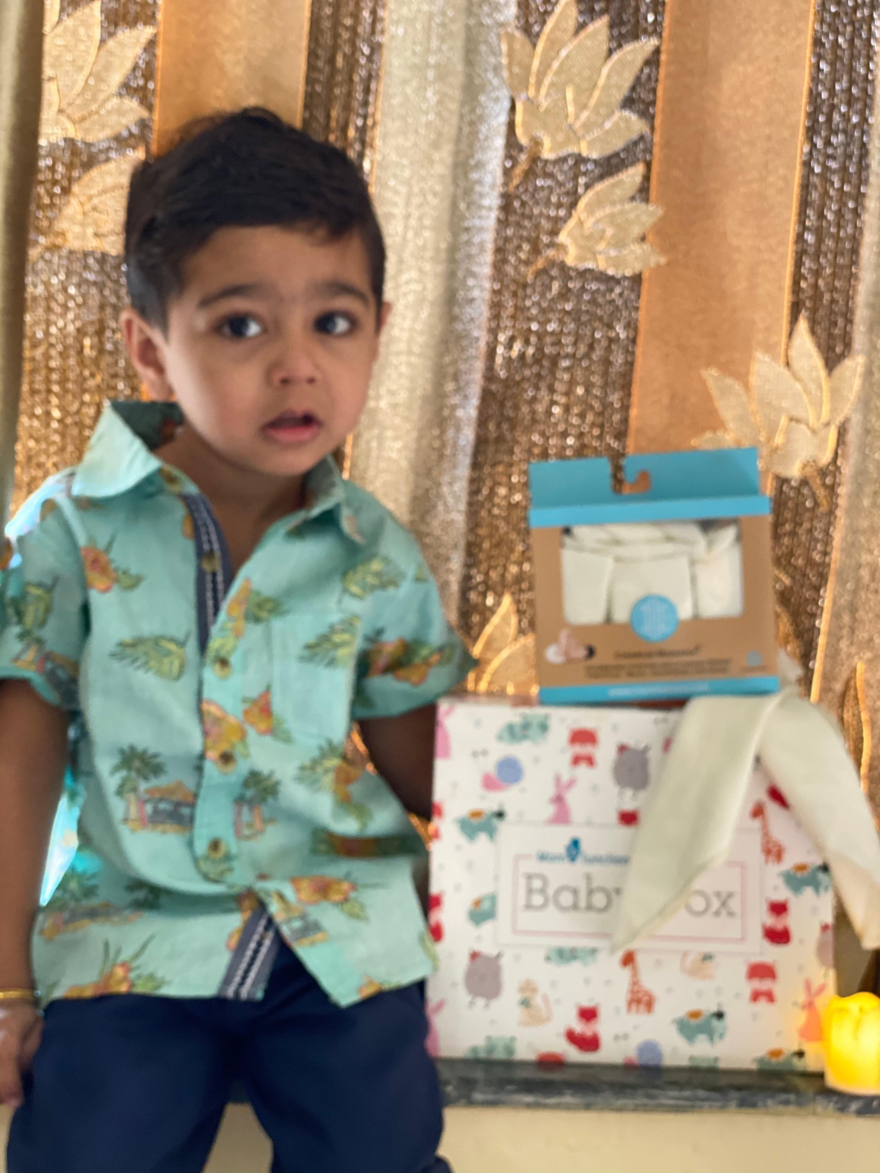 Hungry Brain Sensory Stimulation Set for Newborns-Great wipes, soft and large. Worth the price!-By krishna_rupawala