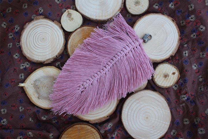 Colorful macramé feathers