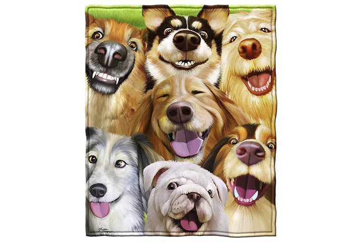 Dawhud Direct Dogs Selfie Throw Blanket