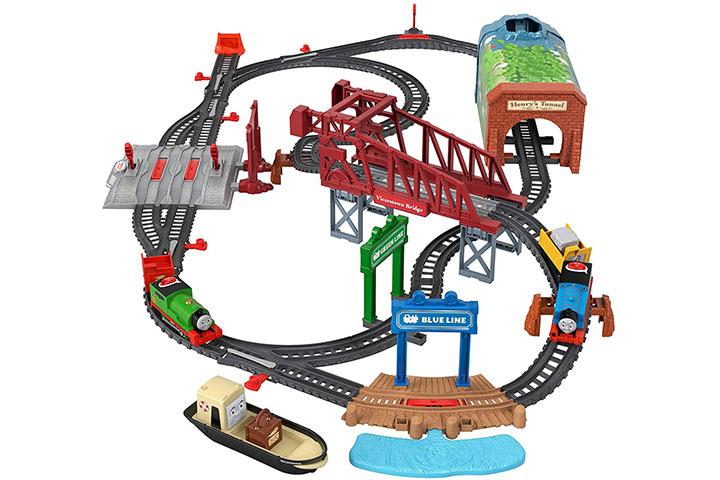 Fisher-Price Talking Thomas & Perry Train Set