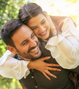 How To Make Your Girlfriend Happy: 35 Simple Ways To Try